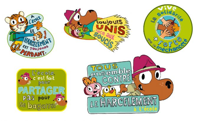 Autocollants du magazine Toboggan portant des messages de sensibilisation au harcelement scolaire